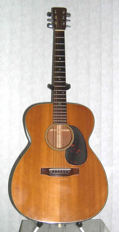 1964 Martin 000-18 - Front View
