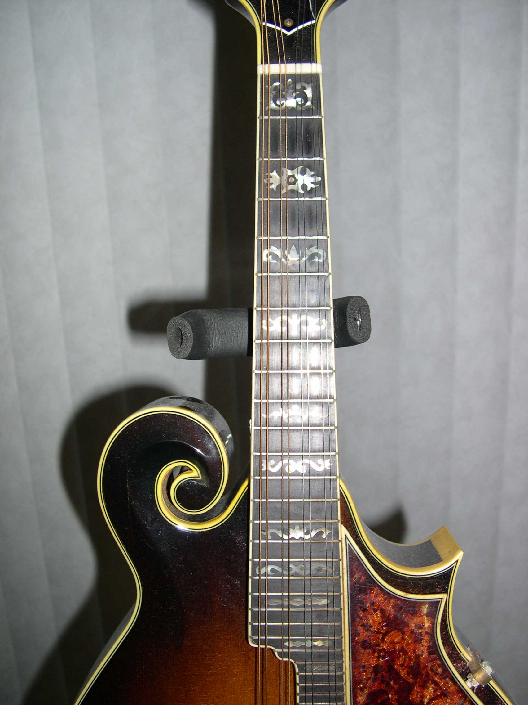 1980 Shiro F-Style Mandolin - Fretboard & Inlay